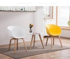 großhandel moderne einfache persönlichkeit mode montage kaffee stuhl esszimmer stuhl freizeit holz kunststoff stuhl barhocker wohnzimmer frunture