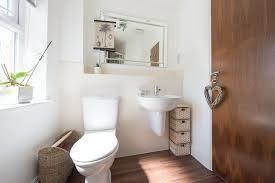 übler geruch auf der toilette was hilft wirklich dagegen