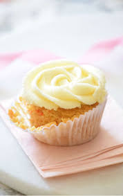 The ultimate Carrot Cake Cupcakes Super FLUFFY and topped with the most delicious frosting