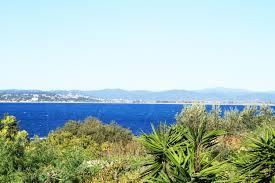chambre avec cote d azur maison a vendre à giens proche de la mer villa vue mer avec 5