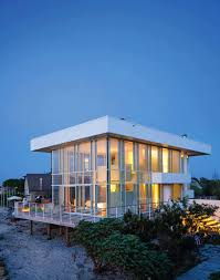 100 Contemporary Glass Houses Modernized Steel And Glass Beach House Maximizes Views On