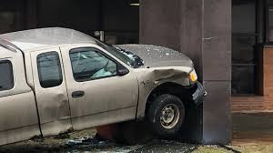 100 Two Men And A Truck Cleveland Crashes Into Second District Police Station Bus Stop In