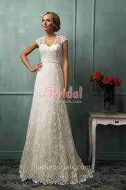 Elegant Vintage Lace Sweetheart Cap Sleeve V Neck A Line Empire Wedding Dress 1