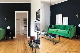 wohnzimmer graues sofa wandfarbe caseconrad