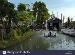 100 Boathouse Design River Landscape Design At Chocolate Ville Bangkok