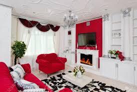 klassische wohnzimmer innenraum in weiß silber und rot