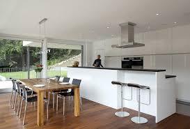design fertighaus küche im offenen wohnbereich bild 4