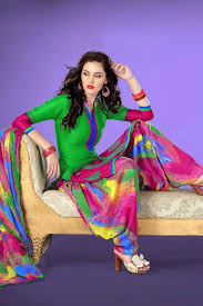 Stylish And Beautiful Dresses For Girls In Pakistan