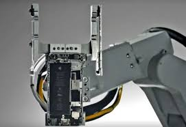 Apple unveils iPhone recycling robot and launches major Apple