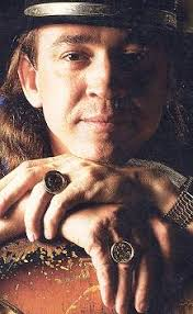 Janna Recalls That Stevie Was Looking For Coin Rings While At Windsor Castle Near London In The Fall Of 1986 Both Coins Are British Sovereigns