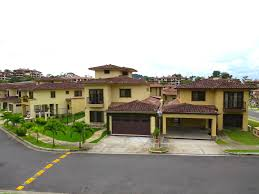 Luxury and spacious 4 bedroom house for rent located in Panama
