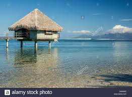 tahiti polynesia bungalow the lagoon le méridien
