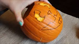 Funny Pumpkin Carvings Youtube by How To Carve A Cute Pumpkin Youtube