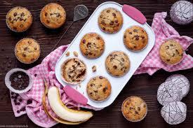 einfache bananen schoko muffins emmikochteinfach
