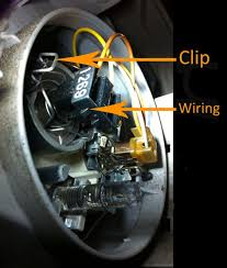 d oh how to change headlight bulb in c230 mercedes forum