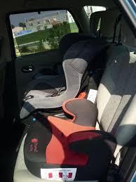 peut on mettre 3 siege auto dans une voiture 3 sièges enfants dans un scénic scenic renault forum marques