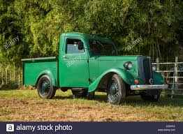 Green Vintage Small Truck Park Under Some Green Trees Stock Photo ... General Motors Building Minipickup In China Thedetroitbureaucom Best Pickup Truck Buying Guide Consumer Reports Small Light With Refrigerated Container Stock Photo Image Of Big Fan 1987 Dodge Ram 50 Business Work Trucks Commercial Vans Nj Ford Considering Focusbased For The Us Motor 2018 Toyota Tacoma Autoweb Buyers Choice Award Merry Christmas Gift Bag 9in X 7in Party City Choose Your Canyon Gmc Green Small Truck Royalty Free Vector Vecrstock 2017 Dacia Duster Rendering Looks Like You