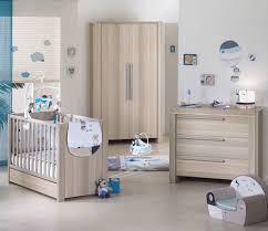 chambre bébé bois emejing chambre bebe bois moderne photos lalawgroup us lalawgroup us
