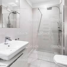 moderne weiße badezimmer stockfoto und mehr bilder architektur