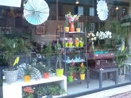 vitrine fete des meres fleuriste vitrine d été