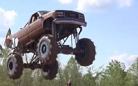 Mud Trucks Get Big Air In Louisiana - ChevyTV