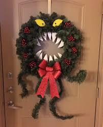 Nightmare Before Christmas Halloween Decorations Diy by Blog U0027s Of Art Diy Nightmare Before Christmas Man Eating Wreath