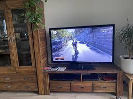 wohnzimmer regal tv lowboard akazienholz