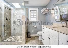 modernes badezimmer mit glastür dusche hellblaues modernes