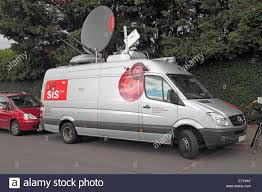 Satellite Dish Van Stock Photos & Satellite Dish Van Stock Images ... The Worlds First Selfdriving Semitruck Hits The Road Wired 2006 Freightliner Century Class St120 Semi Truck Item F511 Epicvue Sallite Tv For Semi Trucks How To Install Your King Quest Antenna Youtube Big Stock Photos Images Alamy Wb I94 Near Mattawan Reopens After 2 Crash Woodtv Man Fatally Struck By Truck In Chinatown Nbc Chicago Tailgater Dish Network Ways To Customize Suburban Seats Tv For Antennas Garmin