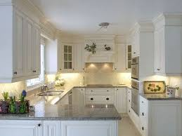 Kitchen Soffit Trim Ideas by Best 25 Kitchen Peninsula Diy Ideas On Pinterest Peninsula