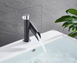 elegante badezimmer armatur wasserfall design wasserhahn bad neu