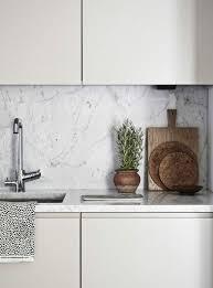 arbeitsplatte marmor deko küche modern möbel weiß moderne
