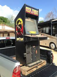 Mortal Kombat Arcade Machine Moves by Craigslist Find Free Mortal Kombat Cabinet Owner Said It Didn