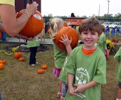 Pumpkin Patch Kiln Mississippi by The Maniac Mommy October 2009