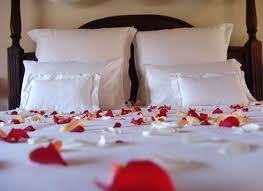 Romantic Valentines Day Bedroom Decorations Romance