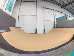 100 Airhouse Mini Ramp Kelowna BC Skateparktourca