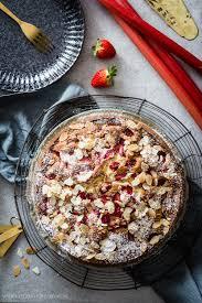 ein feines und schnelles rezept für rhabarber erdbeer