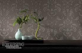 textiltapete ornamente barock erd braun hingucker wohnzimmer