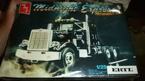 AMT 6644 Midnight Express Peterbilt 359 Truck 1/25 Model | EBay