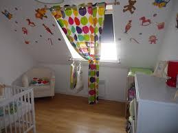 chambre bébé mansardée emejing chambre bebe mansarde ideas yourmentor info yourmentor