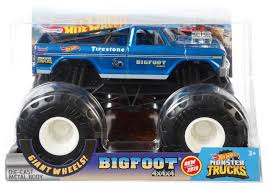 100 Bigfoot Monster Truck Toys Hot Wheels S 4x4x4 124 DieCast Car Mattel