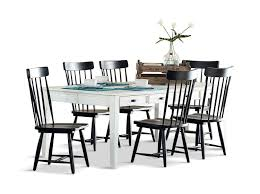 Keeping Table With 6 Spindle Dining Chairs | HOM Furniture