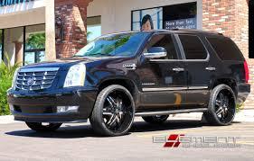 26 Inch Diablo Elite Black and Chrome Wheels on 2010 Cadillac