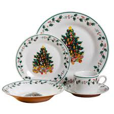 GIBSON HOME Tree Trimming 20 Piece Multi Color Christmas Theme Dinnerware Set