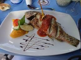 cuisine bar poisson poisson frais grillé du jour picture of pirogue restaurant bar
