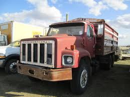 1978 IHC S2600 TANDEM GRAIN TRUCK, 671 DETROIT DIESEL, 13 SPD, C/W ...