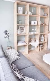 wunderschöne idee für einen schlichten wohnzimmerschrank