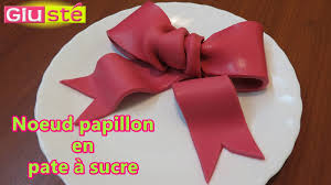 noeud papillon en pâte à sucre tutoriel