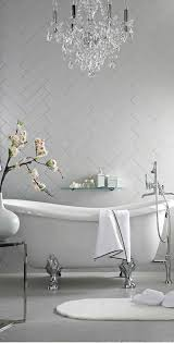 Chandelier Over Bathtub Soaking Tub by Best 25 Soaking Tubs Ideas On Pinterest Tub Master Bathtub