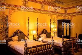 schlafzimmer in hotel in indien stockfoto und mehr bilder alt